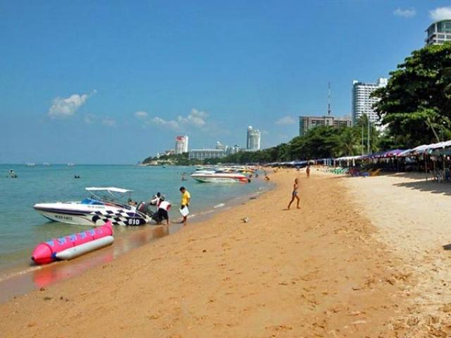 Пляж Паттайя Бич (Pattaya Beach)